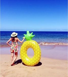 bouee-geante-ananas